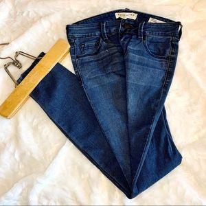 Bullhead Denim Co. (junior) Jeans